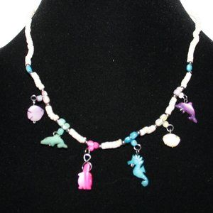 Beautiful sea life shell necklace .925